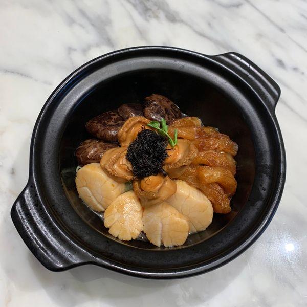 海味一品煲 Prosperity Seafood Treasure Pot